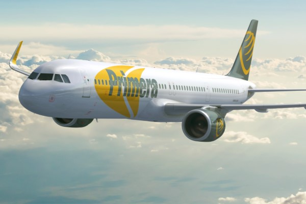 Un avion de la compagnie aérienne Primera Air  | © QuelleCompagnie.com